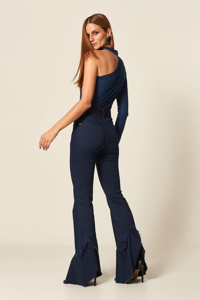 f10d830e9 Calça Jeans Flare Barra Godê Desfiada - 12.22.2117|AMA - MOB