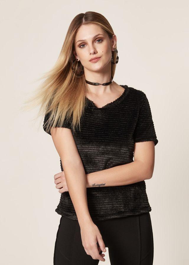 T-Shirt Pelinho Com Textura