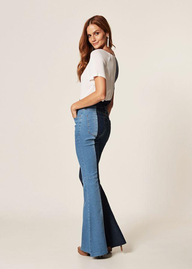 Calça Jeans Flare Recorte Biocolor